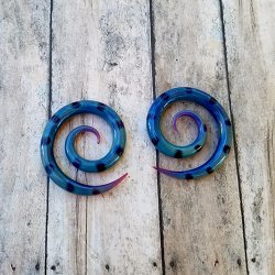 Glasshouse 33 Prawn Spirals 4 Gauge 4g (Pair)