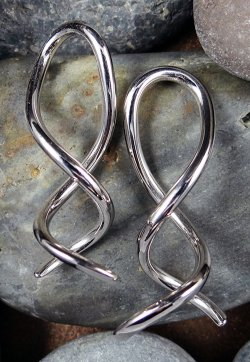 Little Seven Stainless Steel Spiral Twist Cthulhu 14g 12g 10g 8g 6g (Pair)