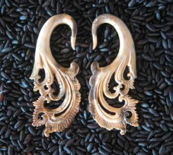 Fossilized Mammoth Bali Flames 6g 4mm - One of a Kind